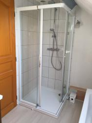 RENOVATION D'UNE DOUCHE AVEC SOL STRATIFIE WATERPROOF